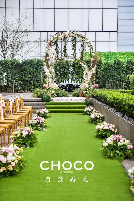 户外婚礼作品 | 开满花的树