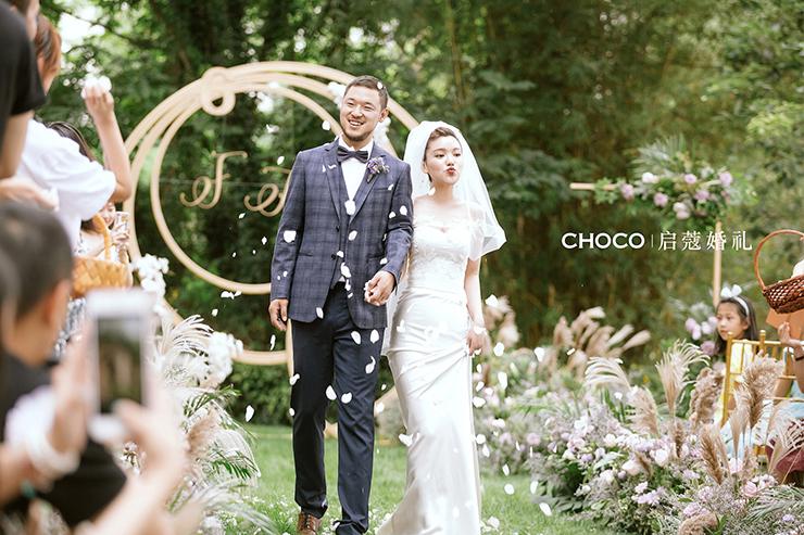 如何选择适合的婚礼摄像师?
